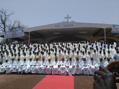 Jubilé d'Albâtre de Sacerdoce au Burkina/Niger: La clôture par une messe d'action de grâce