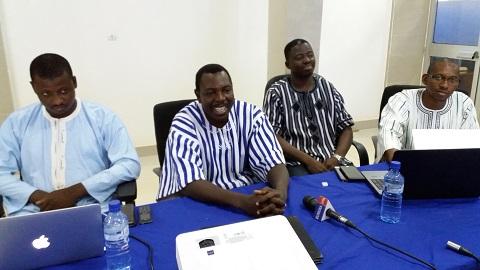 Internet dans les universités publiques: Des étudiants ont visité l'agence pour la promotion des TIC