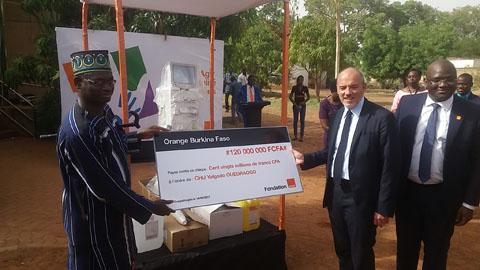 Lancement des activités de la Fondation Orange au Burkina Faso: 120 millions pour le Centre d'hémodialyse du CHU Yalgado Ouédraogo