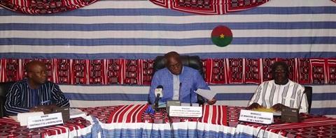 Révision du code électoral: ''Je défie quiconque de me donner  un passage qui dit que la CENI doit être supprimée '' Siméon Sawadogo, ministre  de l'administration territoriale