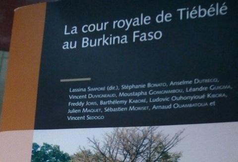 Littérature: Un livre dédié à la cour royale de Tiébélé du Burkina Faso