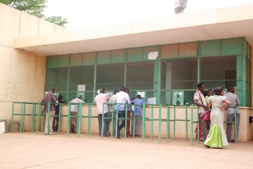Opération Relais Cité de Dapelogo: Les Burkinabè veulent croire en la chance