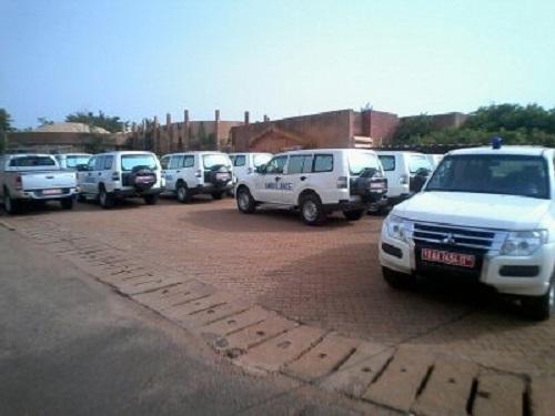 Ministère de la Santé: La Banque mondiale fait don de douze ambulances