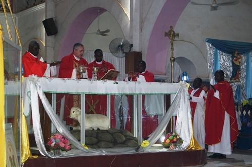 Eglise catholique: Les fidèles ont célébré les saints Pierre et Paul