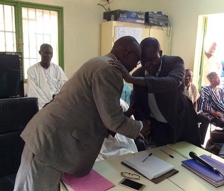 Service d'information du gouvernement: Bobar Félix Kambiré succède à Barnabé Kiemtaremboum