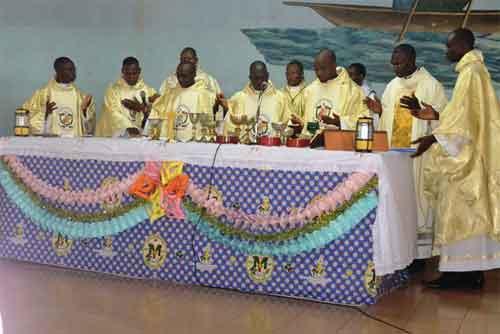 Religion: Le diocèse de Dédougou a sept nouveaux prêtres