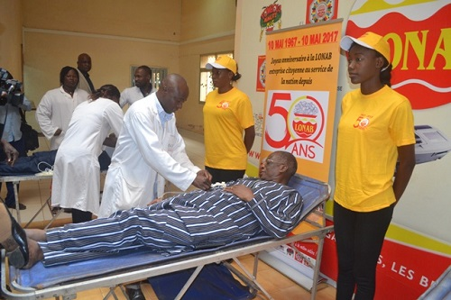50 ans de la Loterie nationale Burkinabè: Opération de don de sang afin de sauver des vies