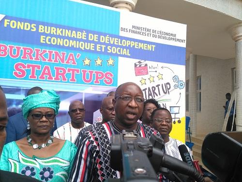 Programme «Burkina Start up»: Le top de départ des souscriptions a été donné par Paul Kaba Thiéba