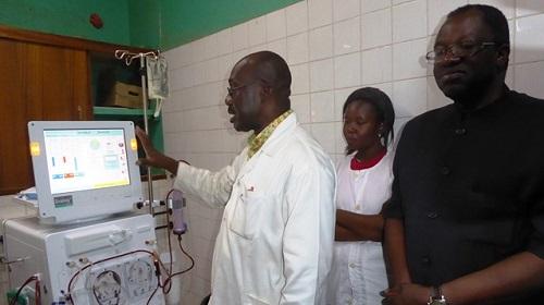 CHU-YO: Meditek soulage les patients du service d'hémodialyse