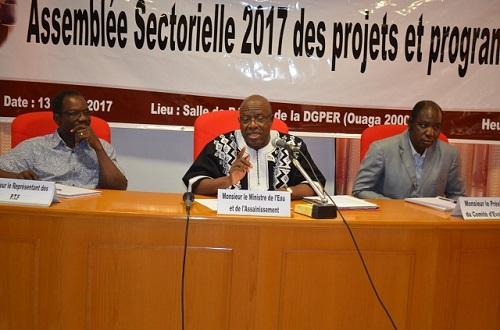 Mise en œuvre des projets et programme de développement du Ministère de l'Eau et de l'Assainissement