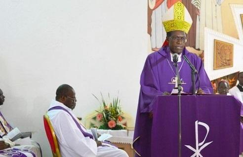 Mort de l'évêque de Bafia au Cameroun: L'Eglise catholique envisage de porter plainte