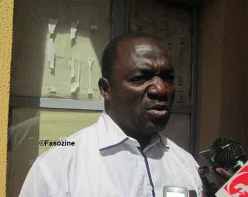 Bassolma Bazié: Attention aux peaux de bananes politiques!