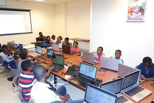 Codage et programmation informatiques: Rite d'initiation pour une trentaine de jeunes