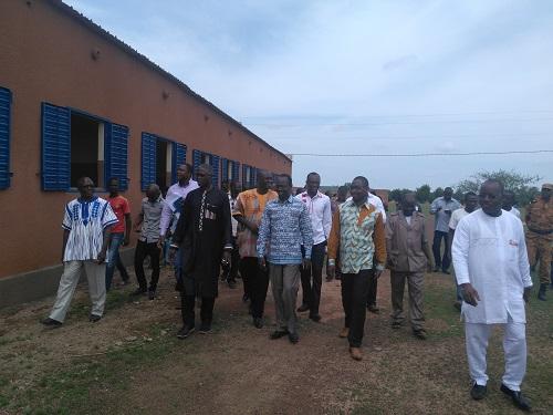 Infrastructures éducatives au Burkina: Le ministre Jean Martin Coulibaly demande la reprise des travaux du CEG de Koukouldi