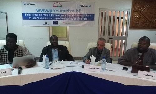 Le Présimètre: La nouvelle plateforme de veille citoyenne lancée par Diakonia et Water Aid