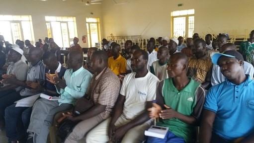 Premier forum de la jeunesse de la commune de Di: Les moins âgés à l'honneur