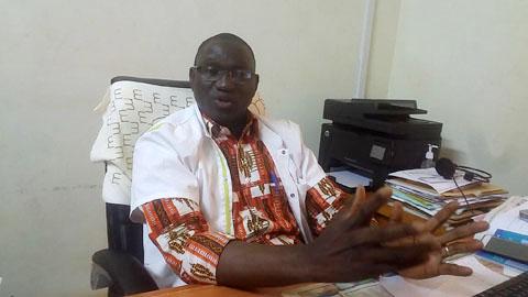 Médicaments de la rue au Burkina: «L'Ordre ne va pas sortir dans la rue pour attraper tous les sachets qui se baladent…», Dr Victor Bonkoungou, SG de l'Ordre des pharmaciens du Conseil régional du Centre