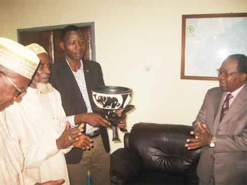 Burkina – Ghana: Le nouvel ambassadeur à Accra, S.EM.Pringrenoma Zagré, reçoit les Burkinabè du Ghana