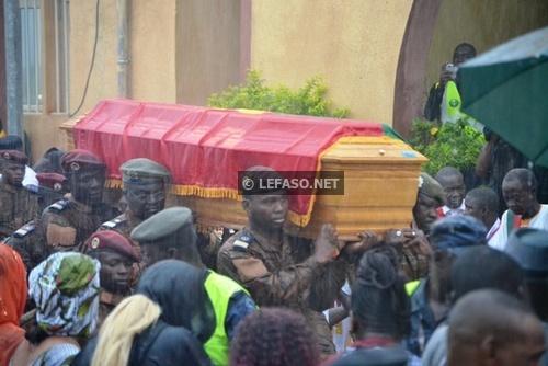 Disparition de Salifou Diallo: Forte mobilisation à l'aéroport de Ouagadougou pour accueillir la dépouille mortelle