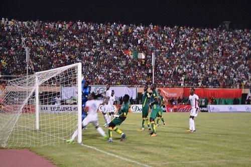 Eliminatoires Coupe du monde 2018: Le Burkina fait l'essentiel face au Sénégal (2-2)