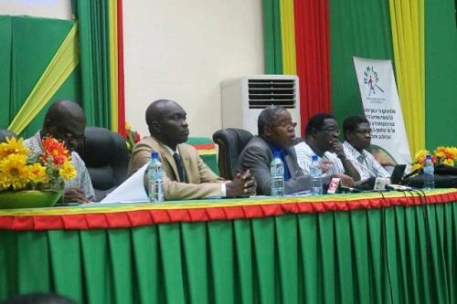 Corruption et lutte contre l'insécurité et le terrorisme: Le REN-LAC en parle avec des acteurs