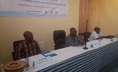 Développement d'infrastructures hydrauliques: Journalistes et OSC à l'école de la Directive de la CEDEAO