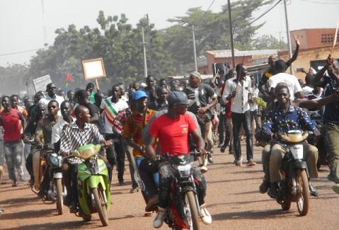 Commune de Gourcy: Des habitants dans la rue pour soutenir le maire, menacé de destitution