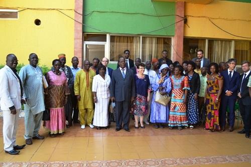 Burkina: ''Plus d'un million d'enfants sont atteints de malnutrition chronique'' Anne Vincent, Représentante-résidente de l'UNICEF