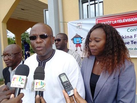 La TNT  au Burkina Faso: Une conférence pour sensibiliser les populations du Sud-ouest