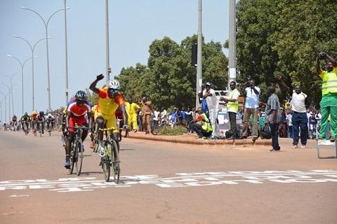 Cyclisme: Yacouba Yaméogo, vainqueur du premier «Coup de pédale du Président du Faso»