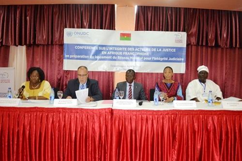 Justice: L'intégrité des magistrats en débat à Ouagadougou