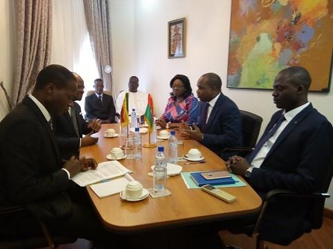 Coopération bilatérale Burkina Faso/Bénin: Une délégation béninoise en séance de travail avec le ministre Alpha Barry