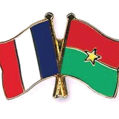 Lutte contre l'insécurité: La France a remis du matériel aux forces armées nationales