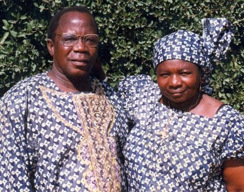 En mémoire de nos chers regrettés: COMBARY Charles et COMBARY née REMEN Marie Louise