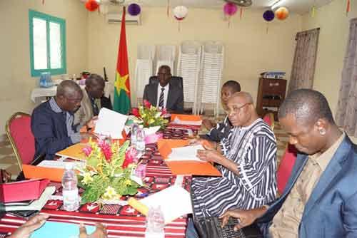 Burkina-Côte d'Ivoire: L'Ambassadeur Mahamadou Zongo défend la fiabilité de la carte consulaire burkinabè