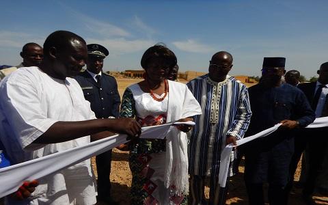 Campagne Fasotoilettes: le ton a été donné par la Première dame à Zorgho