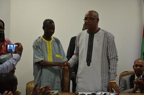 Ministère de la culture: Le nouveau ministre demande la collaboration des différents responsables et agents pour bien mener sa mission