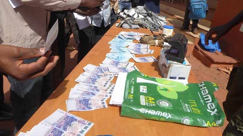 Banditisme: Trois réseaux de trafic d'argent, de traite sexuelle et de plaques solaires démantelés