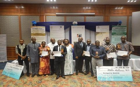 Concours du reporter du développement de la Banque mondiale: les lauréats sont connus