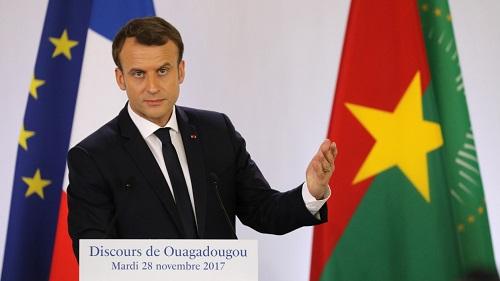 Macron, le symbole jupitérien au Faso