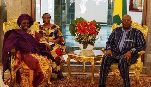 Diplomatie: Trois ambassadeurs ont présenté leurs lettres de créance à Roch Kaboré
