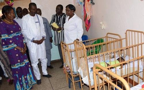 Assemblée nationale: Le Président Alassane Bala Sakandé cède 50% de son salaire de base aux orphelins