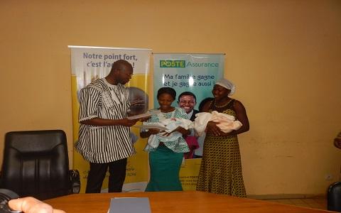 CHU-Yalgado Ouédraogo: la SONAPOST fait des dons aux jumeaux Tarnagda