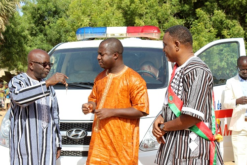 Don d'ambulance dans la commune rurale de Diabo: «A César, ce qui est à César», clarifie Simon Compaoré