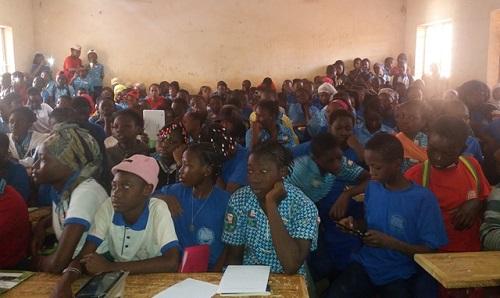 CIL: «Campagne de sensibilisation des élèves du lycée Excelle 2000 sur la protection des données à caractère personnel»