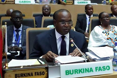 Trentième Conférence des chefs d'Etat et de gouvernement de l'Union Africaine: Le Ministre Alpha BARRY s'est exprimé à la tribune