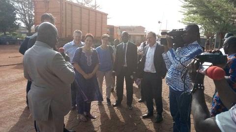 Société burkinabè de Fibres Textiles: Des parlementaires suisses ont visité le complexe Bobo III