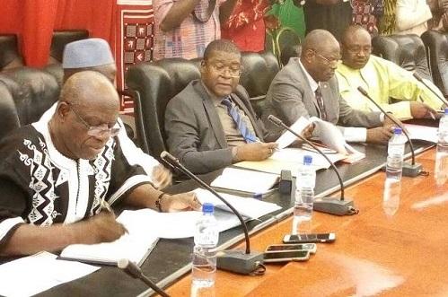 Pénurie d'eau à Ouagadougou: Le ministre Ambroise Ouedraogo promet une réponse efficace au problème