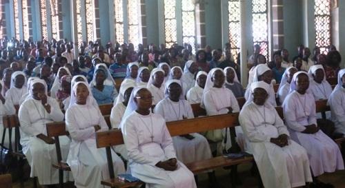 Messe inaugurale de la paroisse Saint Jean Paul II de Arbolé: Les fidèles catholiques et sympathisants conviés à une rencontre d'information
