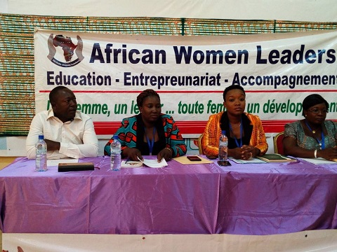 african women leaders l entreprenariat communautaire comme solution de d veloppement durable. Black Bedroom Furniture Sets. Home Design Ideas
